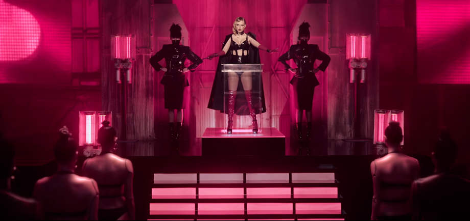 mmtv-taylor-swift-7.png