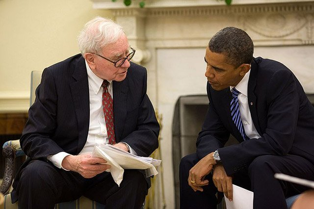 mmtv-books-warren-buffet-barack-obama_0.jpg