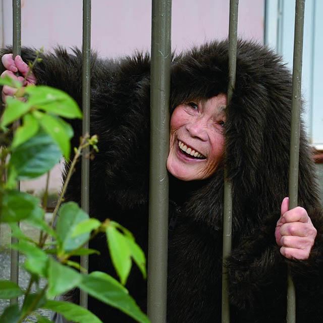 mmtv-89-year-old-japanese-grandma-kimiko-nishimoto-4.jpg