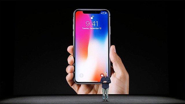 Излезе iPhone X, но дали някой ще може да си го купи? | MMTV