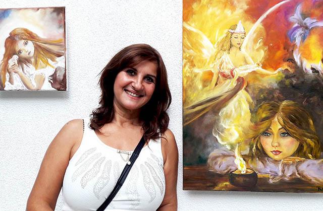 Момичето усмивка на ММ с първа изложба. MMTV Online