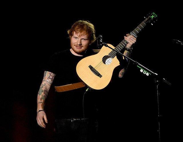 Ed Sheeran вкара туристи в затвора | MMTV Online