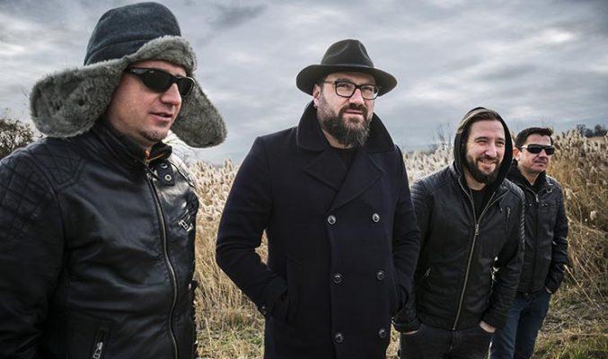 P.I.F. изненадват с празнично турне - MMTV Online Bulgarian alternative rock band P.I.F. posing for a future
