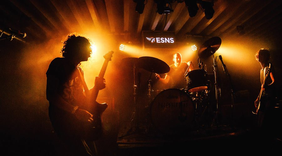 eurosonic-norderslag-band-playing-on-stage-mmtv