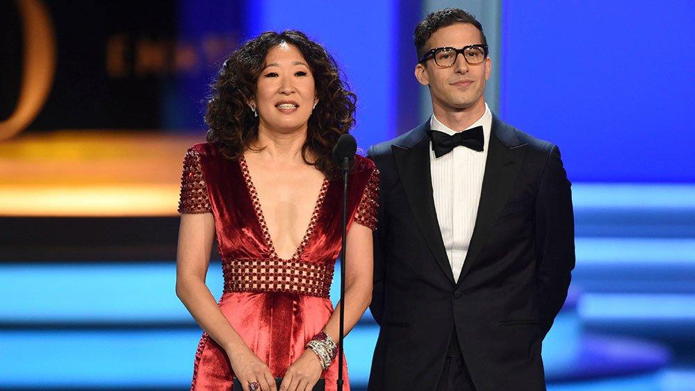 Събитието се излъчи на живо по NBC, а негови водещи бяхаAndy Samberg и Sandra Oh.