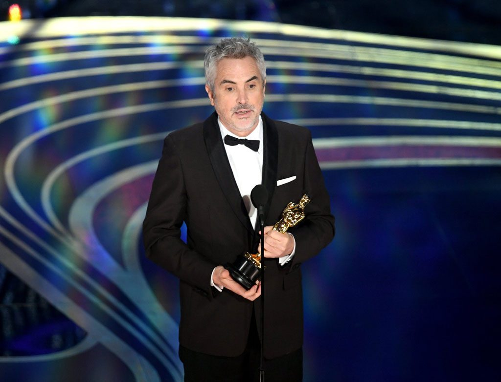 Alfonso-Cuarón-cinematography-best-director-foregin-film-awards-Roma