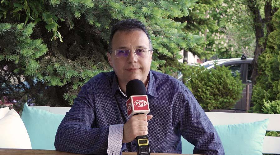Стоян Михалев | Музиката в живота на един политик