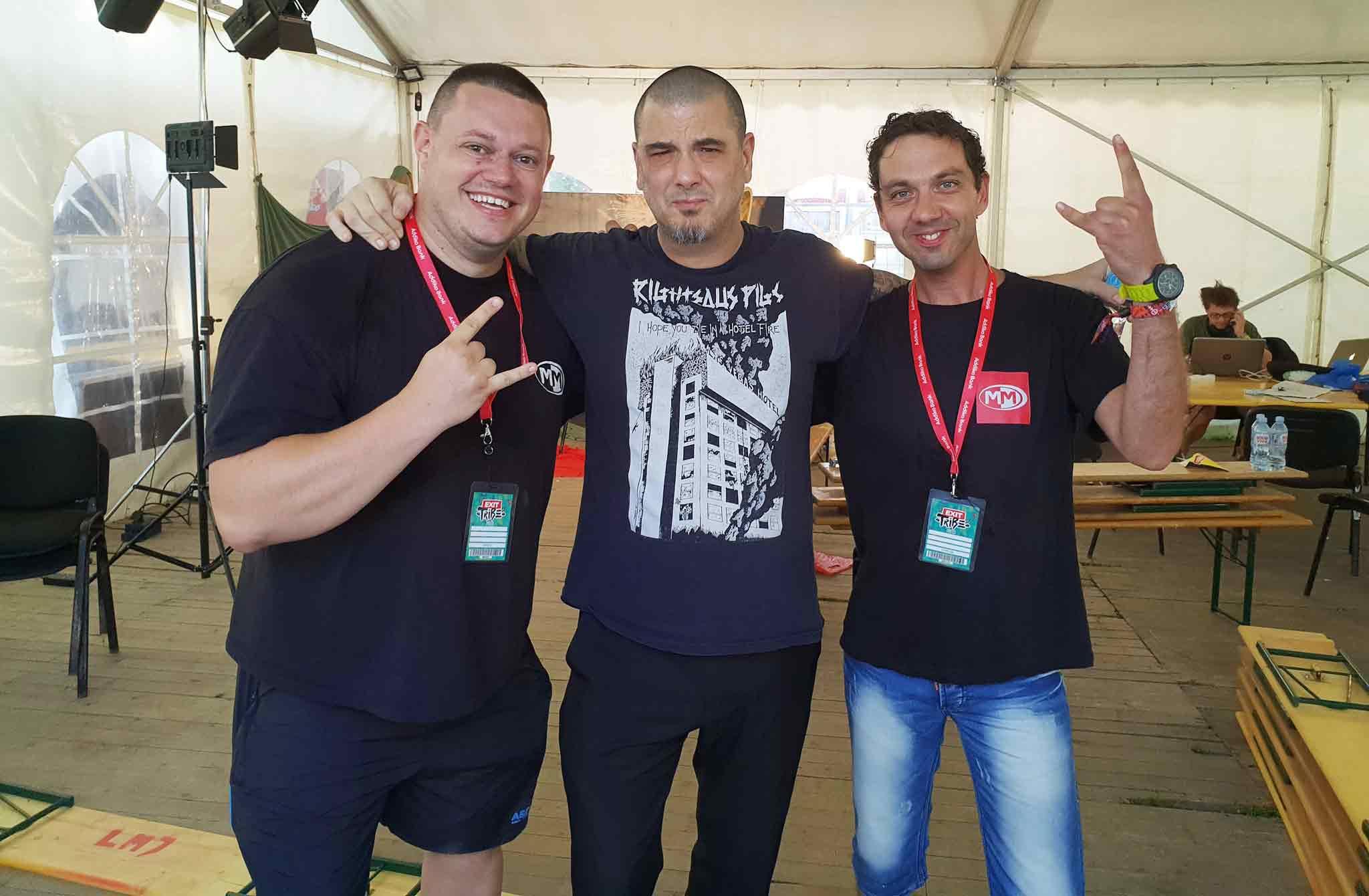 Той беше с нас в Нови Сад през юли тази година и снима на фестивала EXIT, където се срещна и с Фил Анселмо, екс-вокала на Panthera.