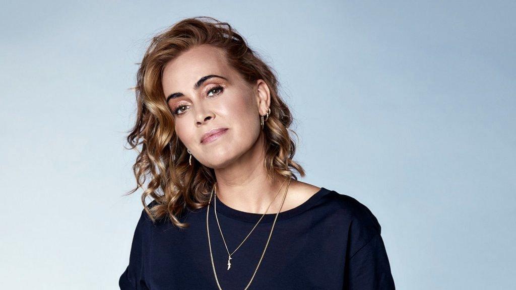Анук има издадени 12 студийни албума, като последният излиза през 2018 г. и е първият изцяло на холандски език. Той достига до номер 1 в холандския Top 100.
