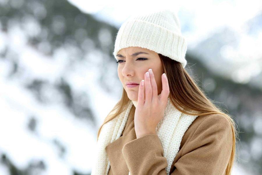 Все още няма сняг, но студеният и сух въздух, вятърът и температурните амплитуди са напълно достатъчни за значителното изсушаване на кожата ни.