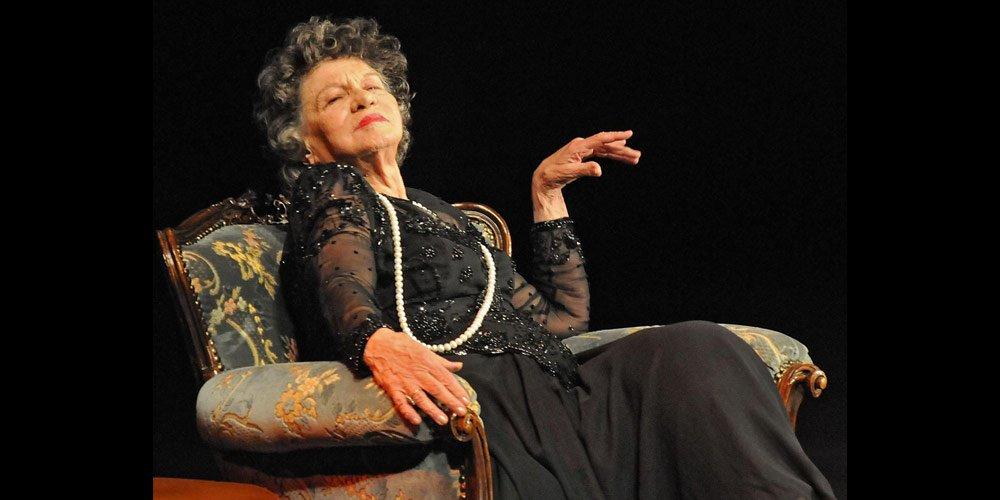 Отиде си голямата българска актриса Стоянка Мутафова