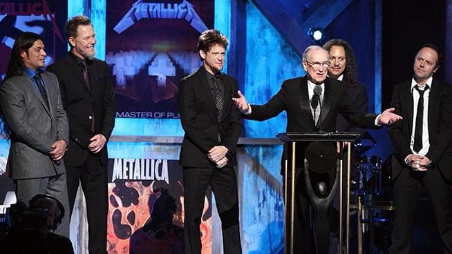Ray Burton присъства на сцената, когато Metallica бе въведена в Rock and Roll of Fame през 2009 година