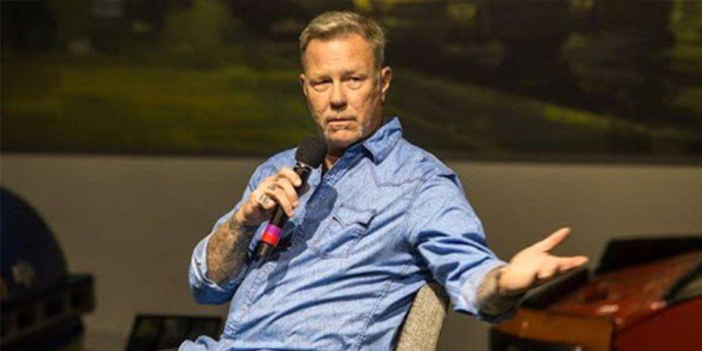 Първо появяване на James Hetfield след клиниката за лечение на зависимости