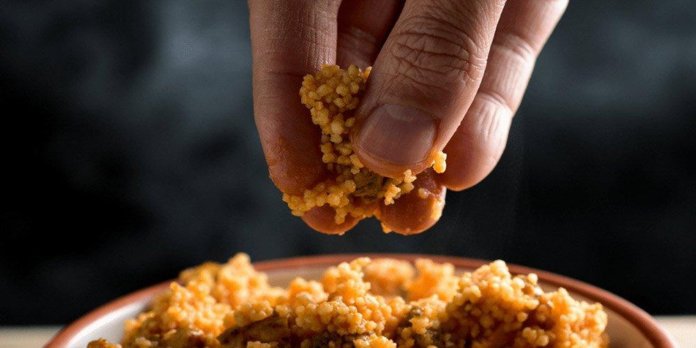 По-вкусно е, когато ядем с ръце | MMTV Online...