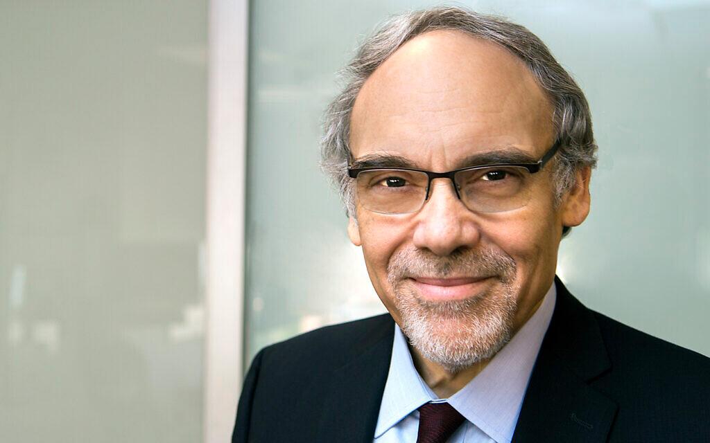 Dr. Irwin Redlener, ръководител на Инициативата на центъра за пандемии и ресурси за отговор на Earth Institute в Колумбийския университет