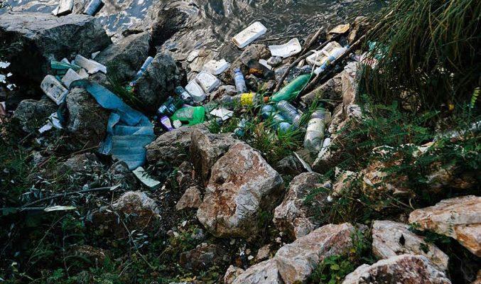 почистване на река Струма